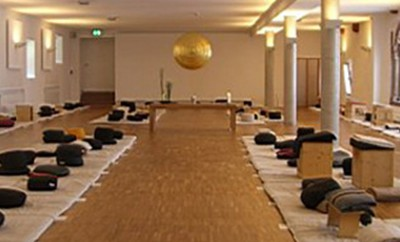 Benediktushof Holzkirchen über das nächste retreat osho awareness intensive